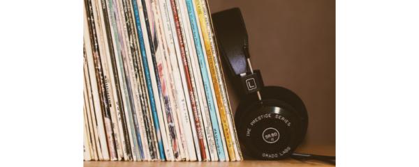 vinyle et casque musique